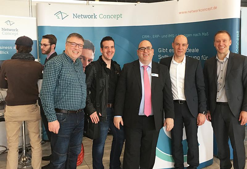 Herr Frosinini mit Mitarbeitern unseres Kunden G-TEC Ingenieure GmbH