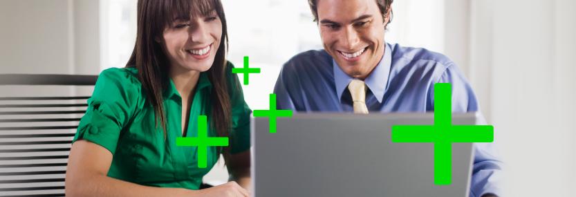 Bild von Mann und Frau am Laptop